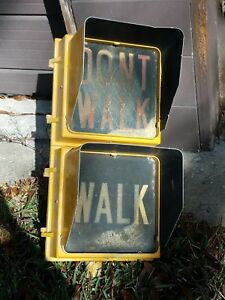 Details about Large Metal Walk Dont Walk Sign Light Street Lamp