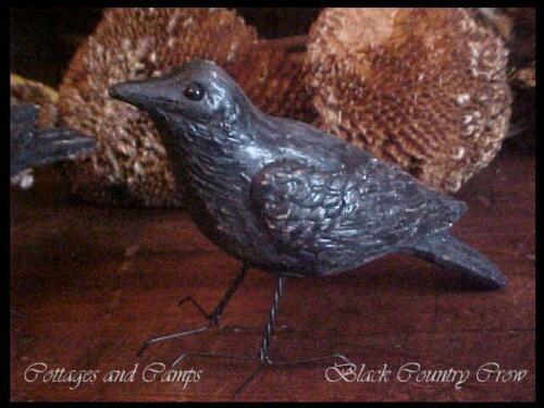 eeeks..Primitive Black Bird ~ HALLOWEEN RAVEN or CROW with Wire Feet ~ Vtg Style