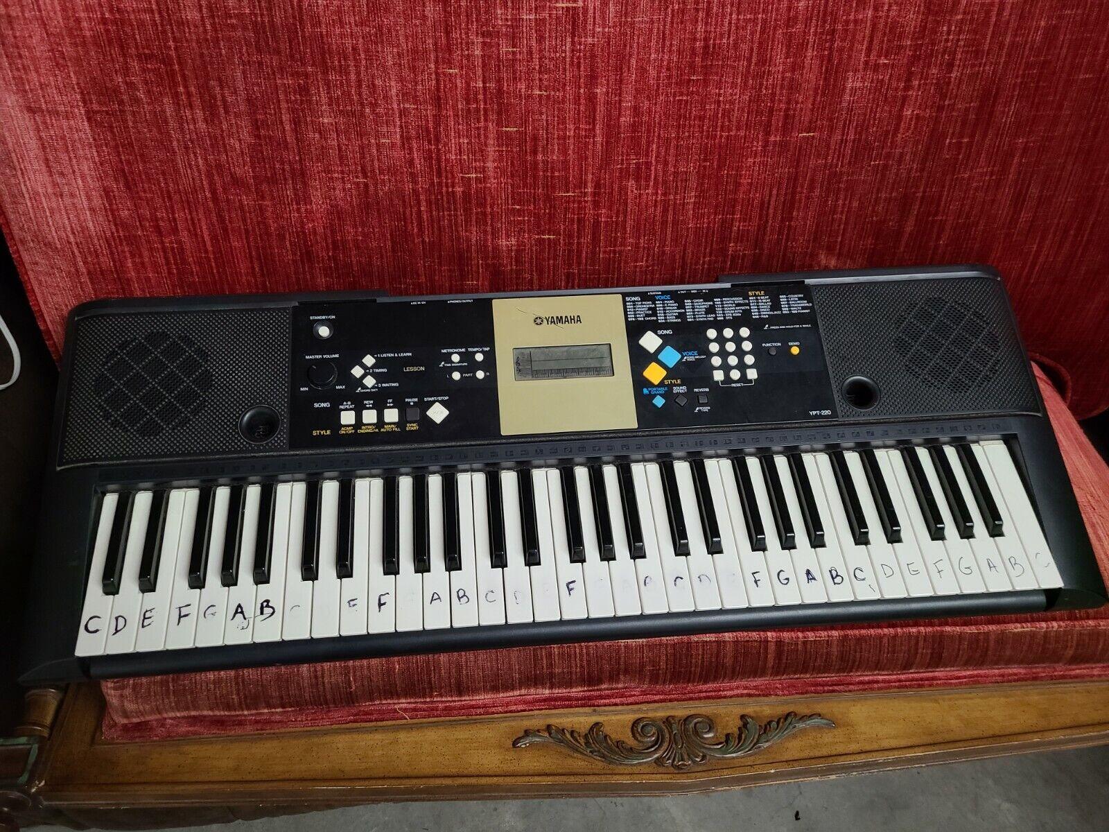 Yamaha Ypt 220 Keyboard For Sale Online Ebay