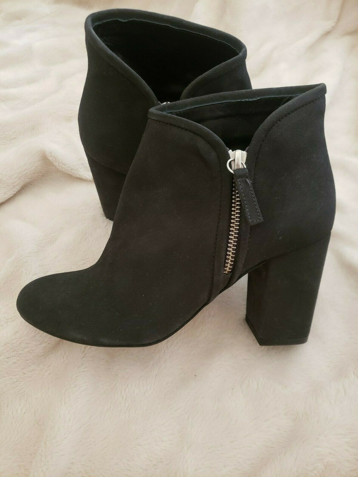 BNNT WHISTLES womens ankle boots with chunky heel size 3/36 leather suede feel