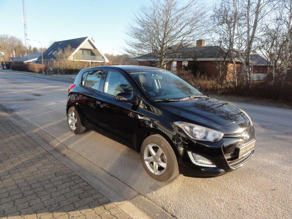 Hyundai i20 1,25 Classic Go! Benzin modelår 2014 km 125000