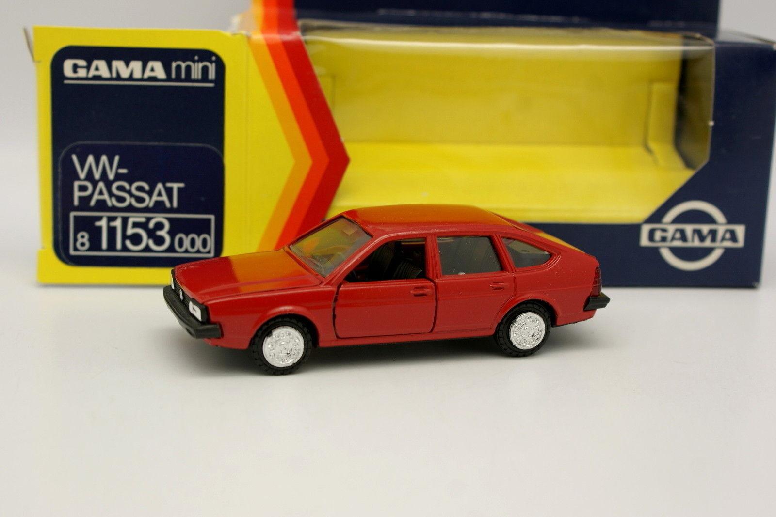 Gama 1 43 - VW Passat 5 Portes Rouge
