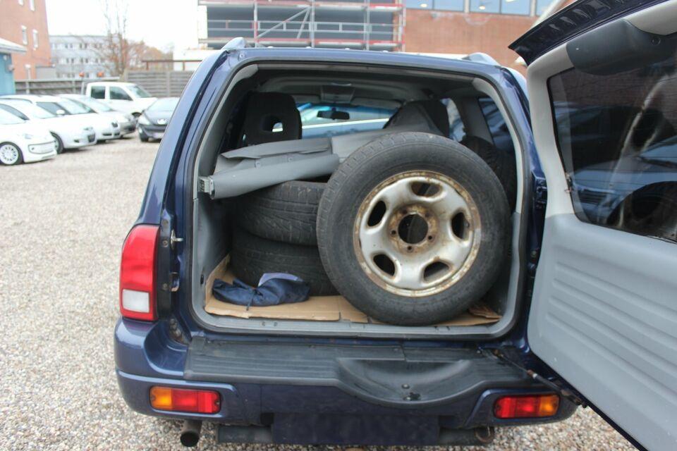 Suzuki Grand Vitara 2,0 TD XL7 Diesel 4x4 4x4 modelår 2006 km