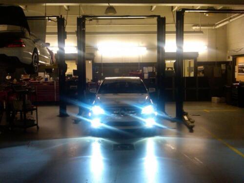 D2S 8000K 35W XENON HID REPLACEMENT BULBS For 2013 INFINITI JX35 Headlight