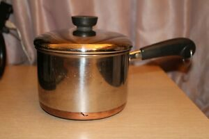 REVERE-WARE-1801-2-Qt-Quart-Sauce-Pan-Copper-Clad-Bottom-With-Lid-Made-In-USA