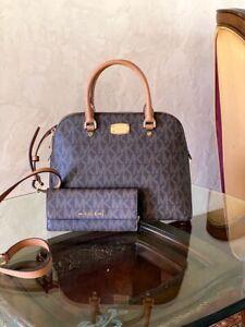 NWT-Michael-Kors-Signature-Cindy-Dome-Satchel-handbag-wallet-brown-acorn