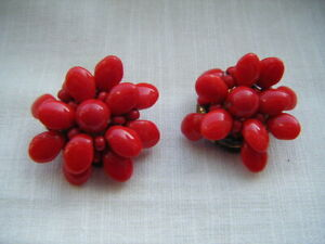 Vintage-Bisuteria-Piedras-De-Vidrio-Rojo-Brillante-Pendientes-De-Clip-en-C1960s