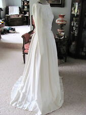 Vintage 50's Wedding Dress Gown Elegant Simple Elegance