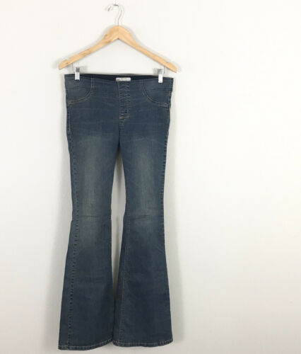 Free People size 29 Flare Bell Bottom Jeans Pull O