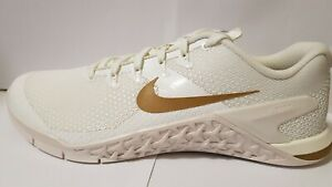 Nike Women's Metcon 4 Champagne White