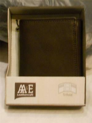Wyoming Nubuck Leather Trifold Wallet,Brown