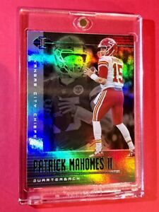 Patrick Mahomes PANINI ILLUSIONS HOLOFOIL REFRACTOR FINISH CHIEFS 2020 SUPERBOWL