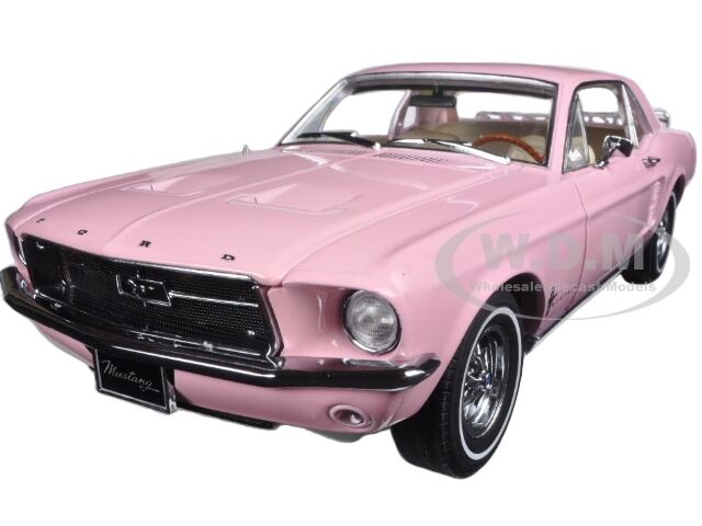 Broken 1967 FORD MUSTANG COUPE PINK WITH LUGGAGE 1/18 BY GREENLIGHT 12966