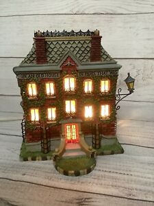 Dept-56-Storybook-Village-Madeline-039-s-Old-House-In-Paris-Covered-With-Vines-1998