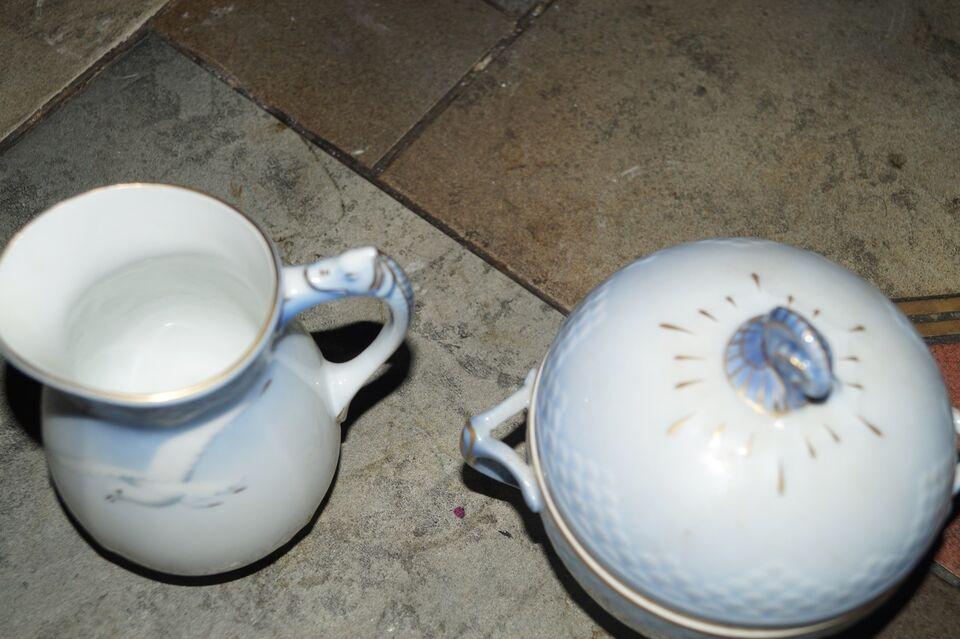 Porcelæn, sukker og fløde, B&G