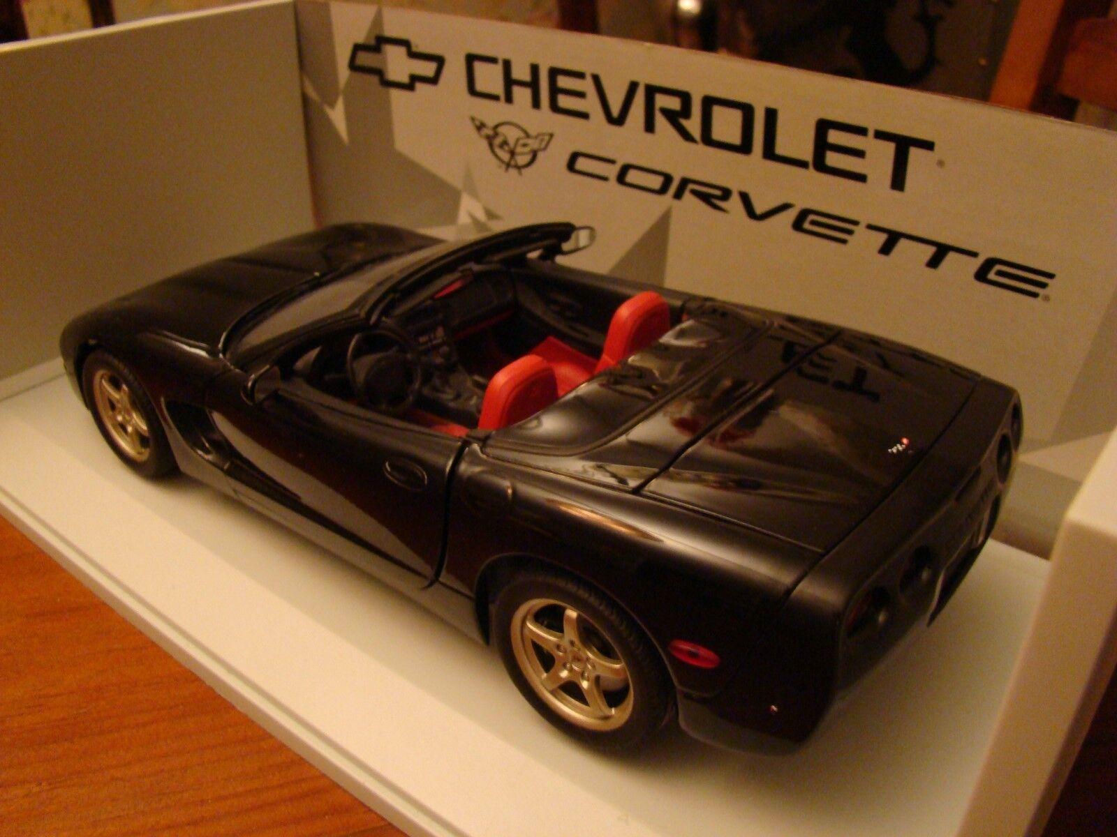1/18 Chevrolet Corvette C5 V8 Roadster Eclipse Nero Rosso Rosso Rosso Nascondi RARA UT 1998 8b027a