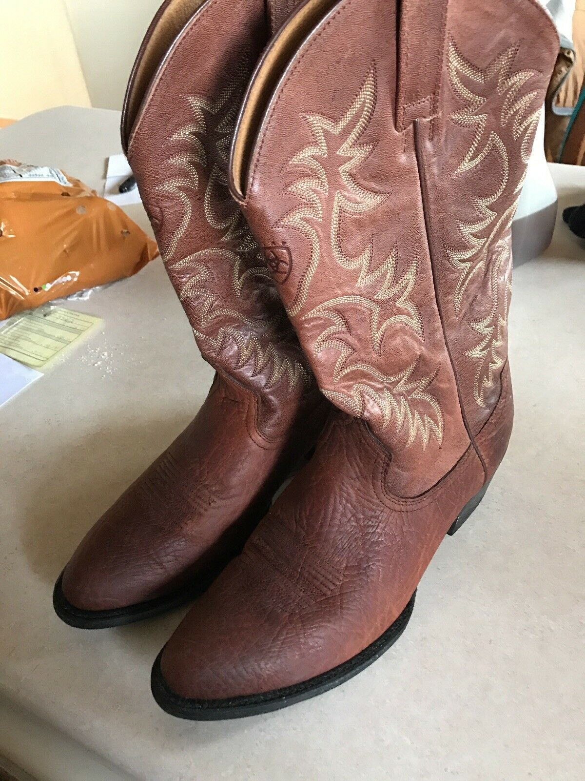 Brown Leather Ariat Cowboy Boots Size 10