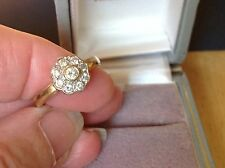 BELLISSIMO VINTAGE diamanti DAISY RING 9ct Anello D'Oro Abito Fidanzamento