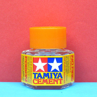 Free Shipping! - Tamiya #87012 Cement for plastic modeling [20ml]