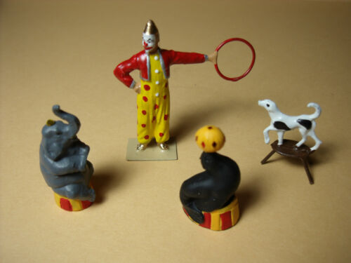 4  FIGURINES 1//43  SET 185  CIRQUE  PINDER  ANIMAUX SAVANTS  VROOM  A  PEINDRE