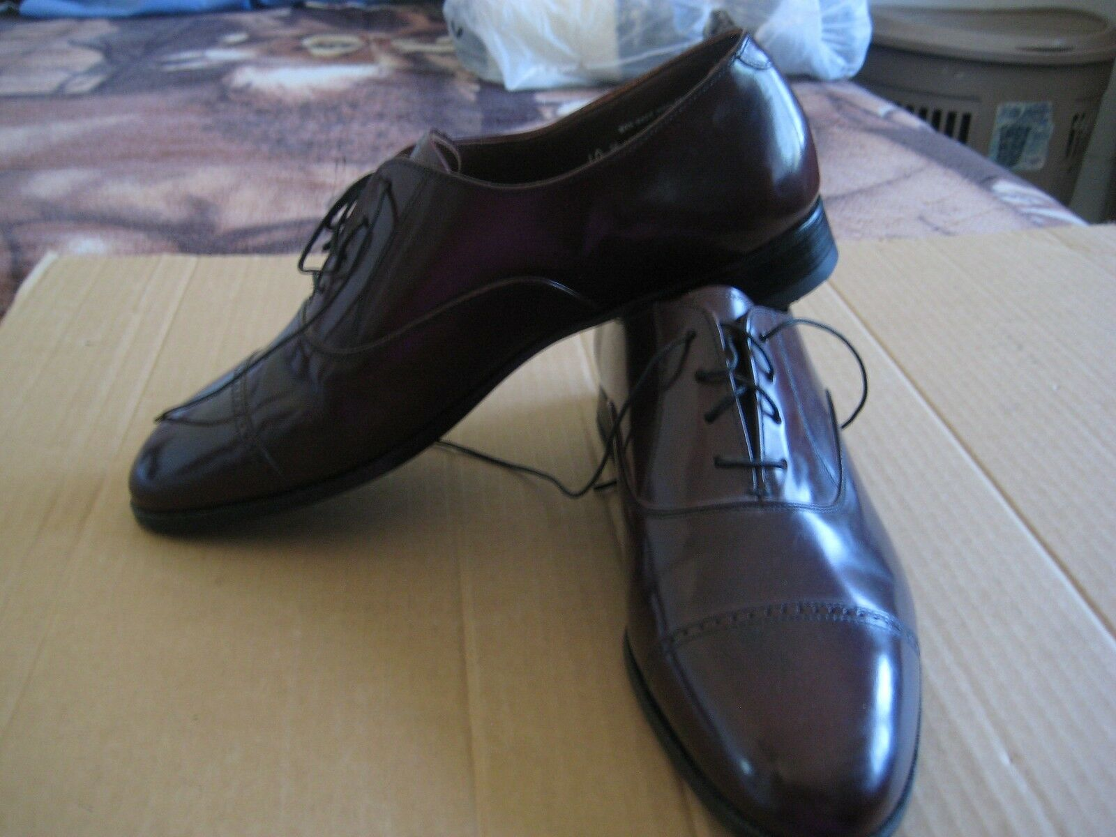 BOSTONIAN OXFORDS  BURGUNDY  Größe 10 M IN   Uomo MADE IN M USA 945a6c