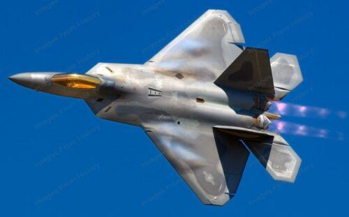 8x10 Print Military Aircraft F-22 Raptor #2548R