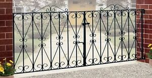 Regent-Scroll-Driveway-Gates-7ft-to-10ft-GAP-x-914mm-H-Wrought-Iron-Metal-gate