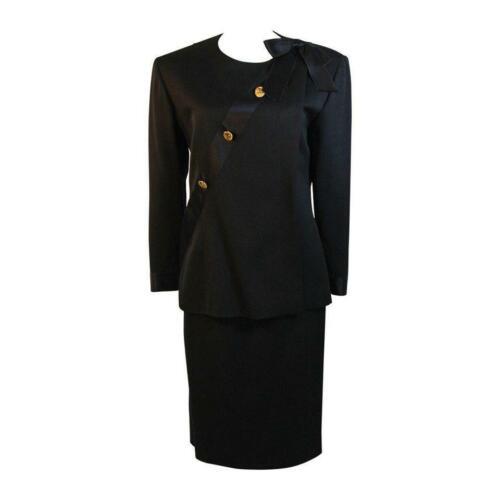 CHANEL 1990s Black Wool Silk Ribbon Jacket and Ski