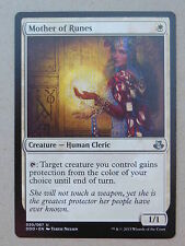 XXX 1x MOTHER OF RUNES englisch elspeth vs. kiora (human cleric white) NM/MINT
