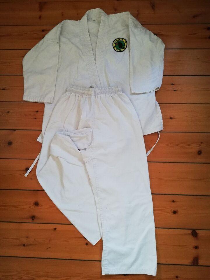 Karatedragt, Gi og bælter, Budo-Nord