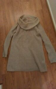 Supre-long-knit-jumper-size-M