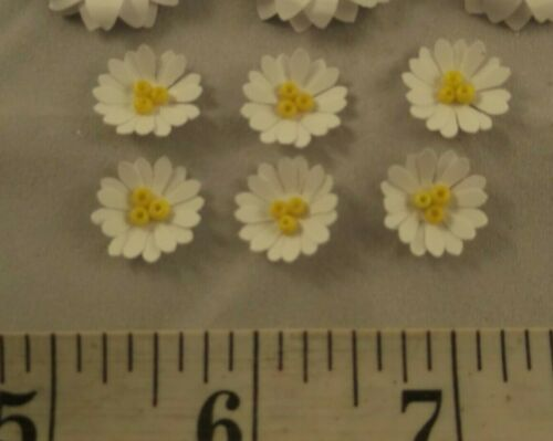 Various pack sizes White Daisy Paper Flower Embellishments Crafts Card Making