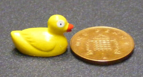 1:12 Scale Plastic Yellow Duck /& 3 Ducks Chicks Doll House Toy Bathroom Accessories 11s
