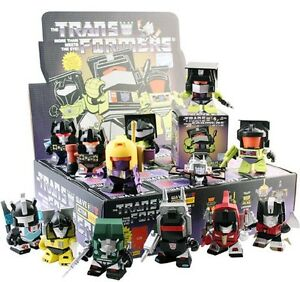 Transformers-The-Loyal-Subjects-Wave-3-Vinyl-Figure-One-Blind-Box