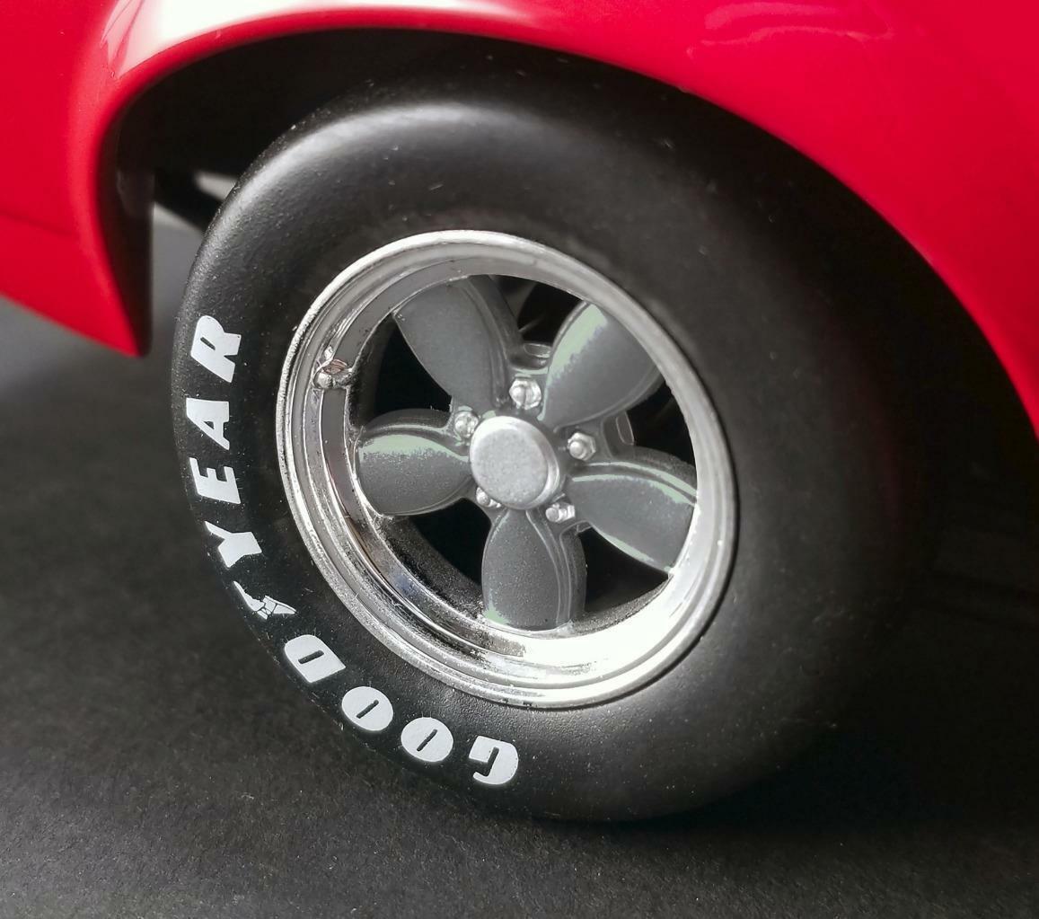 ACME 1969 1969 1969 Ford Boss 302 Trans AM Mustang Allan Moffat  18Brand New Item  580eb0