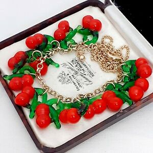 Vintage-Style-Fresh-amp-Fruity-Red-Cherries-Berries-Goldtone-Necklace