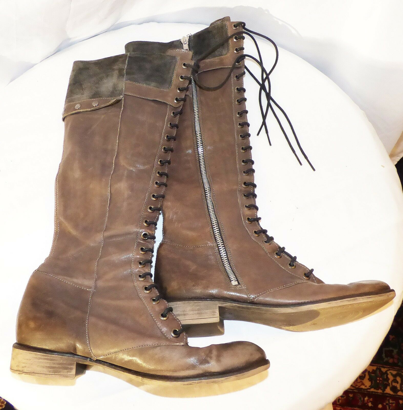 Authentic Boutique 9 Brown Leather Boots Knee High Sz 7 Very good Condition