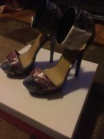 Brand Never Worn Just Fab mayve Shoe-multi-color- Size 7.5