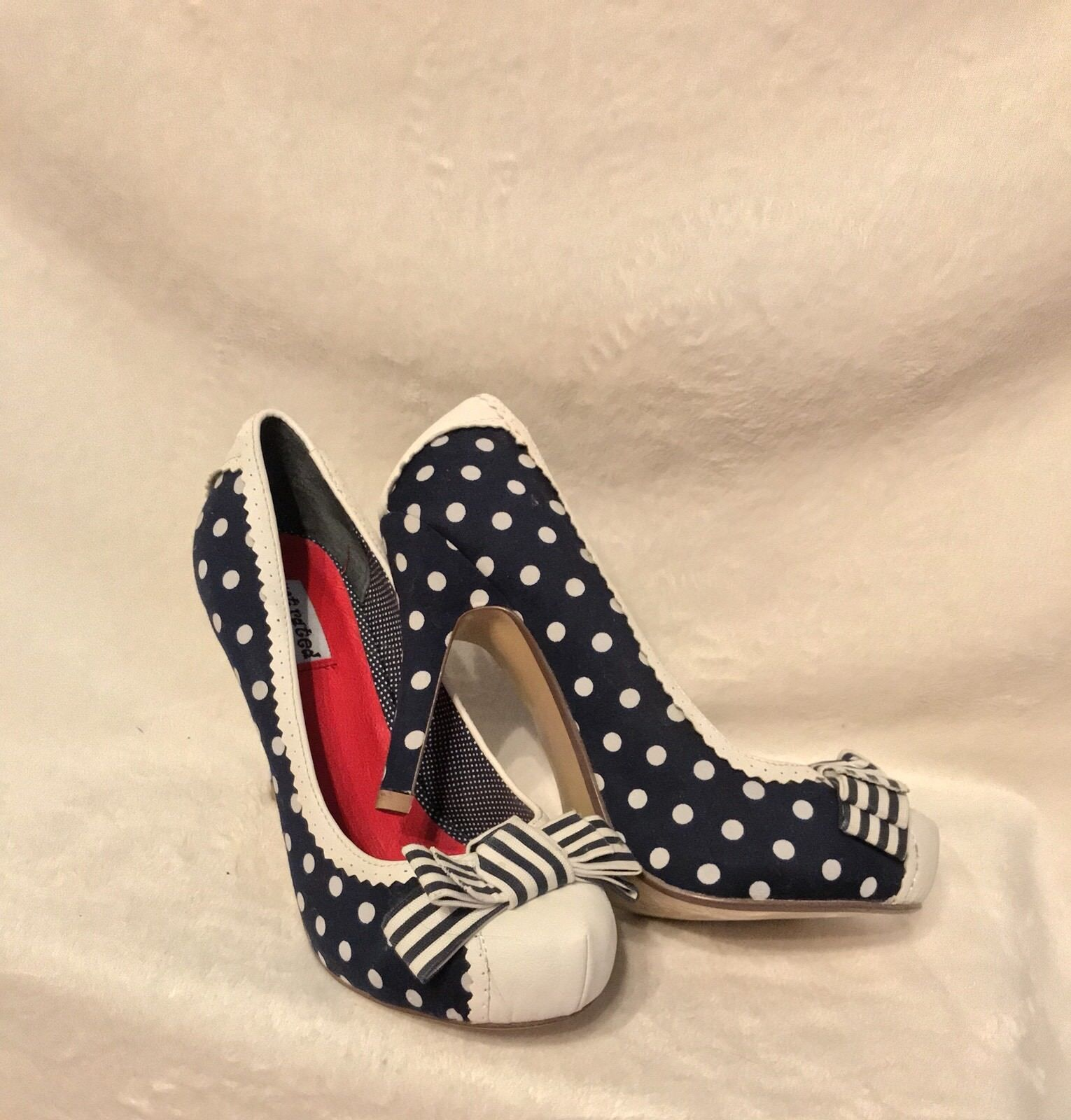 NEW NOT RATED Blau And WEISS Polka Dot Platform Pumps Schuhes, 8