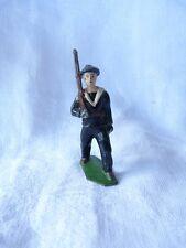 Soldat plomb creux - Marin fusil sur l'épaule au défilé  - PC19