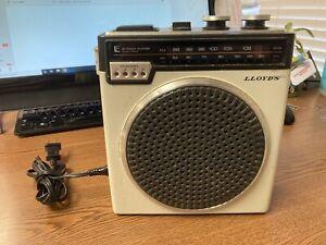 Vintage Lloyds Portable AM/FM Radio & 8-track Player V150 Tested Works !