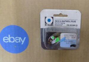 HB-Moeller-Deck-amp-Baitwell-Plug-7-16-034-051002-10-NIP