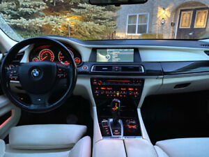 BMW 750Li XDrive - FULLY LOADED - ALL Packages - Luxury Interior