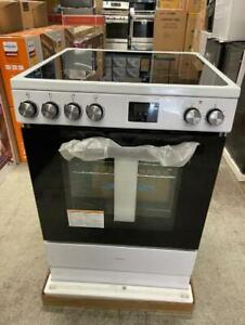 GE/ National 24 inch Smooth Top Conventional Stove. BRAND NEW. SUPER SALE $699. NO TAX. City of Toronto Toronto (GTA) Preview