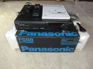 Panasonic NV-FS88 High-End S-VHS Videorecorder, komplett in OVP, 2J. Garantie