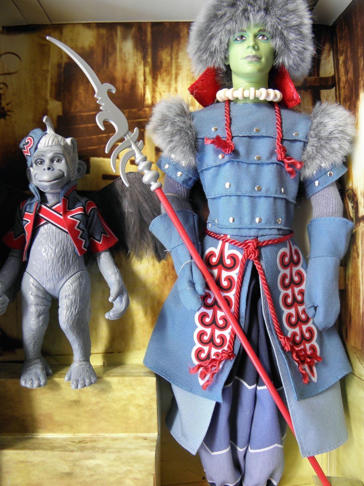 2006 Mago De Oz  Ken Winkie Guardia y con alas mono --- L1291