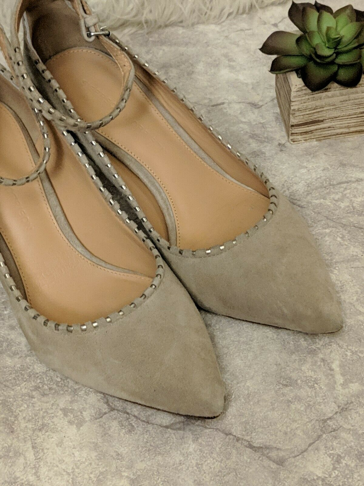 Sigerson Morrison women's 6 taupe tan suede pointed chain ankle ankle ankle kitten heels 3d42e5