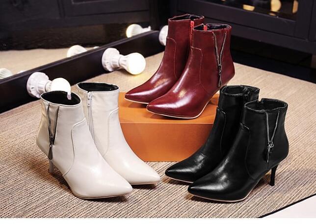 Bottes chaussures pour femmes talon 8 cm noir blanc rouge comme cuir 8637