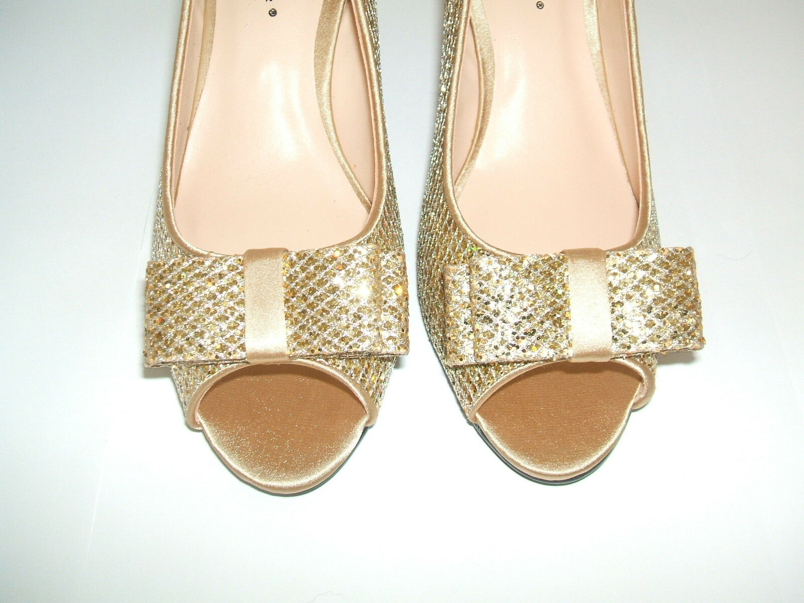 NEW LOW LUNAR SIZE 3.5 4 GOLD GLITTER SPECIAL OCCASION LOW NEW MID HEEL SLINGBACK Schuhe fb7c51