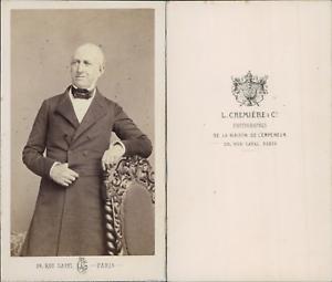 Cremiere-Paris-Homme-chauve-en-pose-circa-1860-CDV-vintage-albumen-carte-de-v